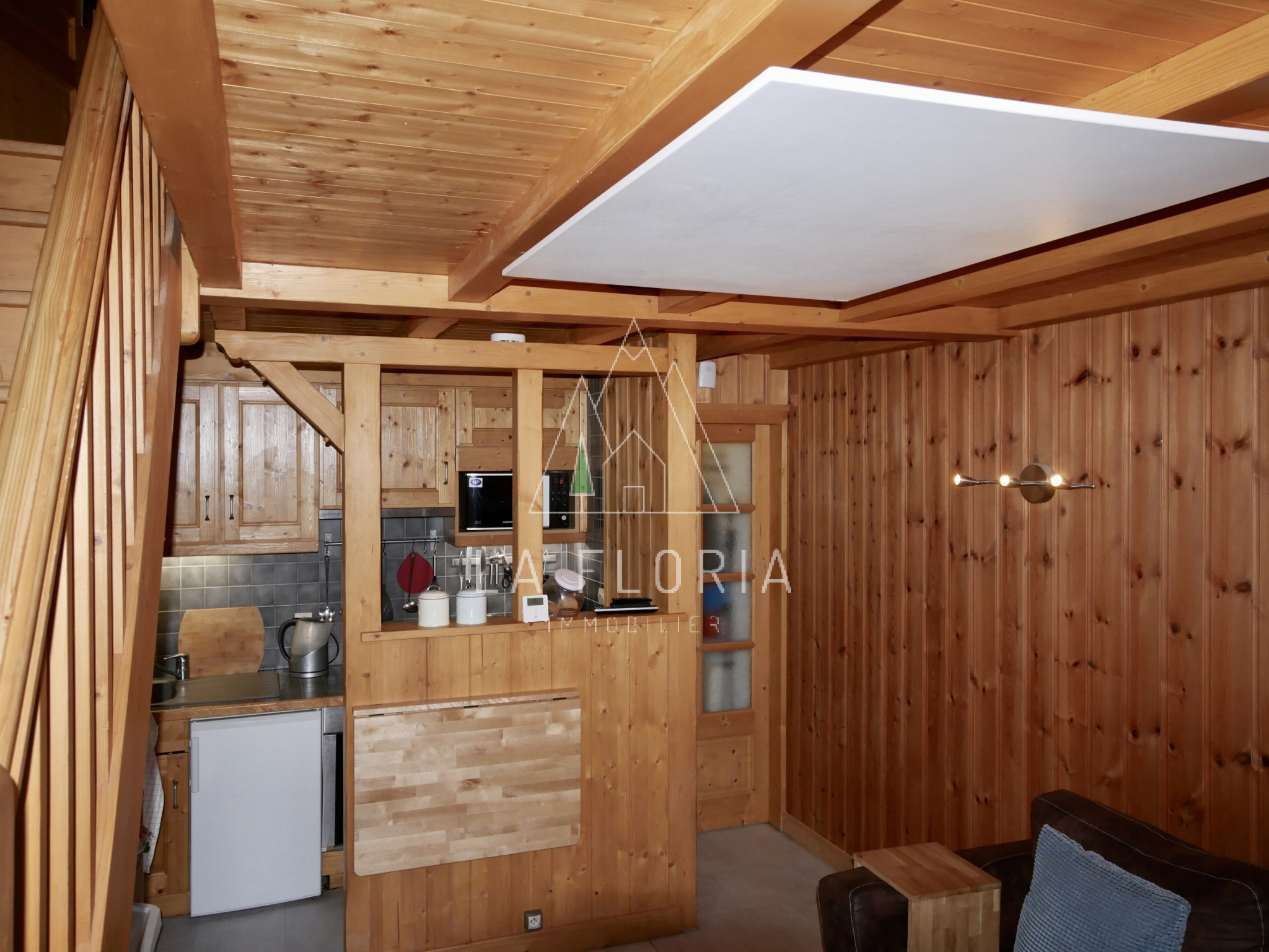 TWO BEDROOM DUPLEX APARTMENT WITH A GARDEN, CHAMONIX