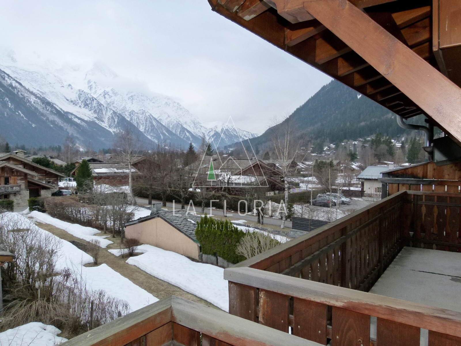 APPARTEMENT T3 DE 69 M2, CHAMONIX VILLAGE DES PRAZ