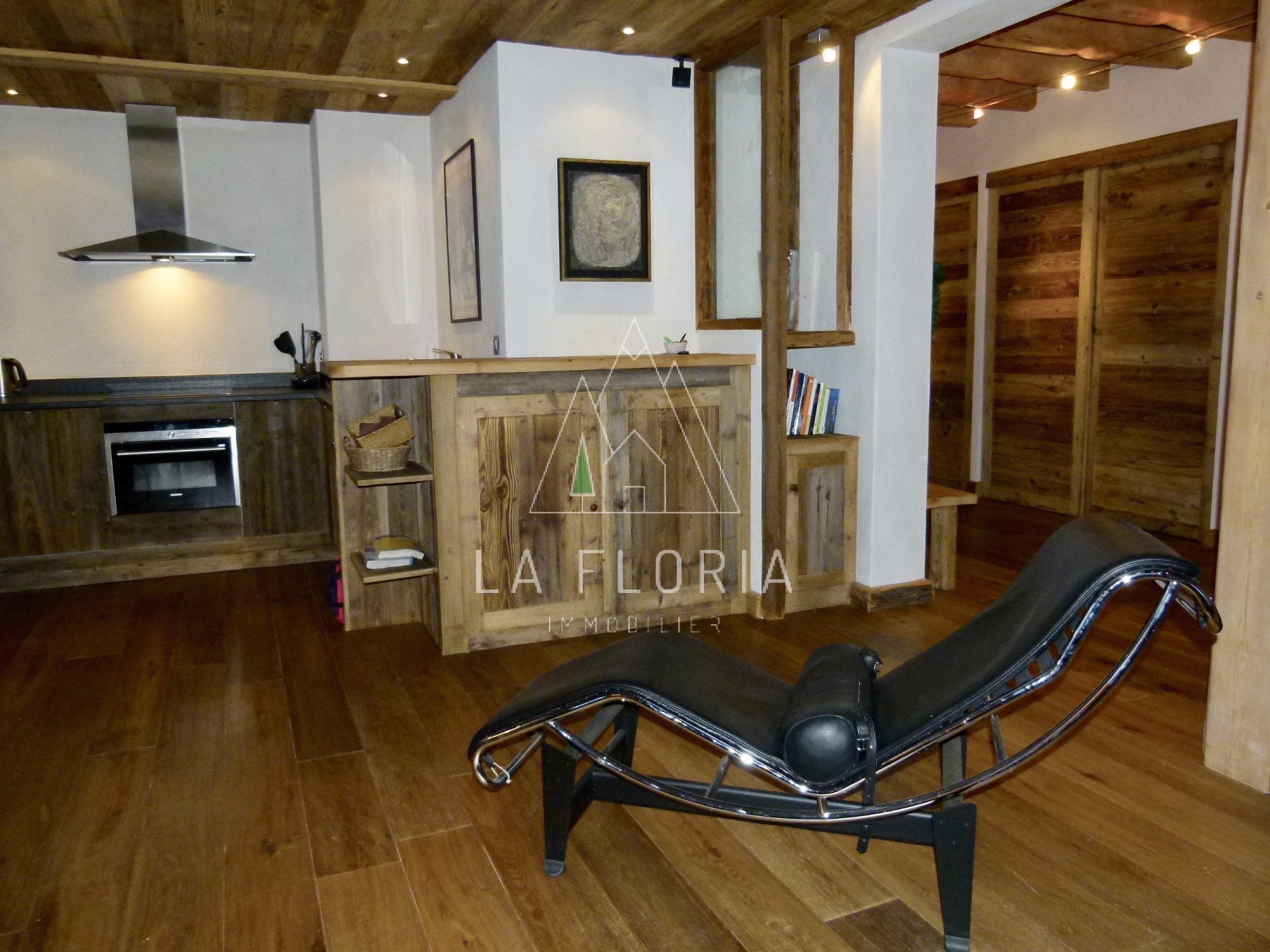 EXCEPTIONAL APARTMENT IN PALACE RESIDENCE, CHAMONIX CENTER