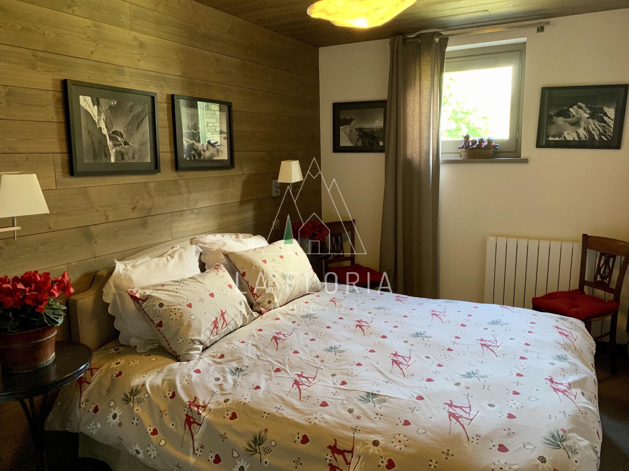 3 BED / 2 BATH TOP FLOOR DUPLEX APARTMENT 110 m2, CHAMONIX LES PRAZ