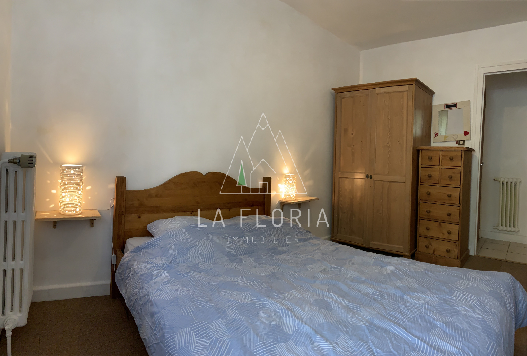 TWO BEDROOM APARTMENT, CHAMONIX CENTRE