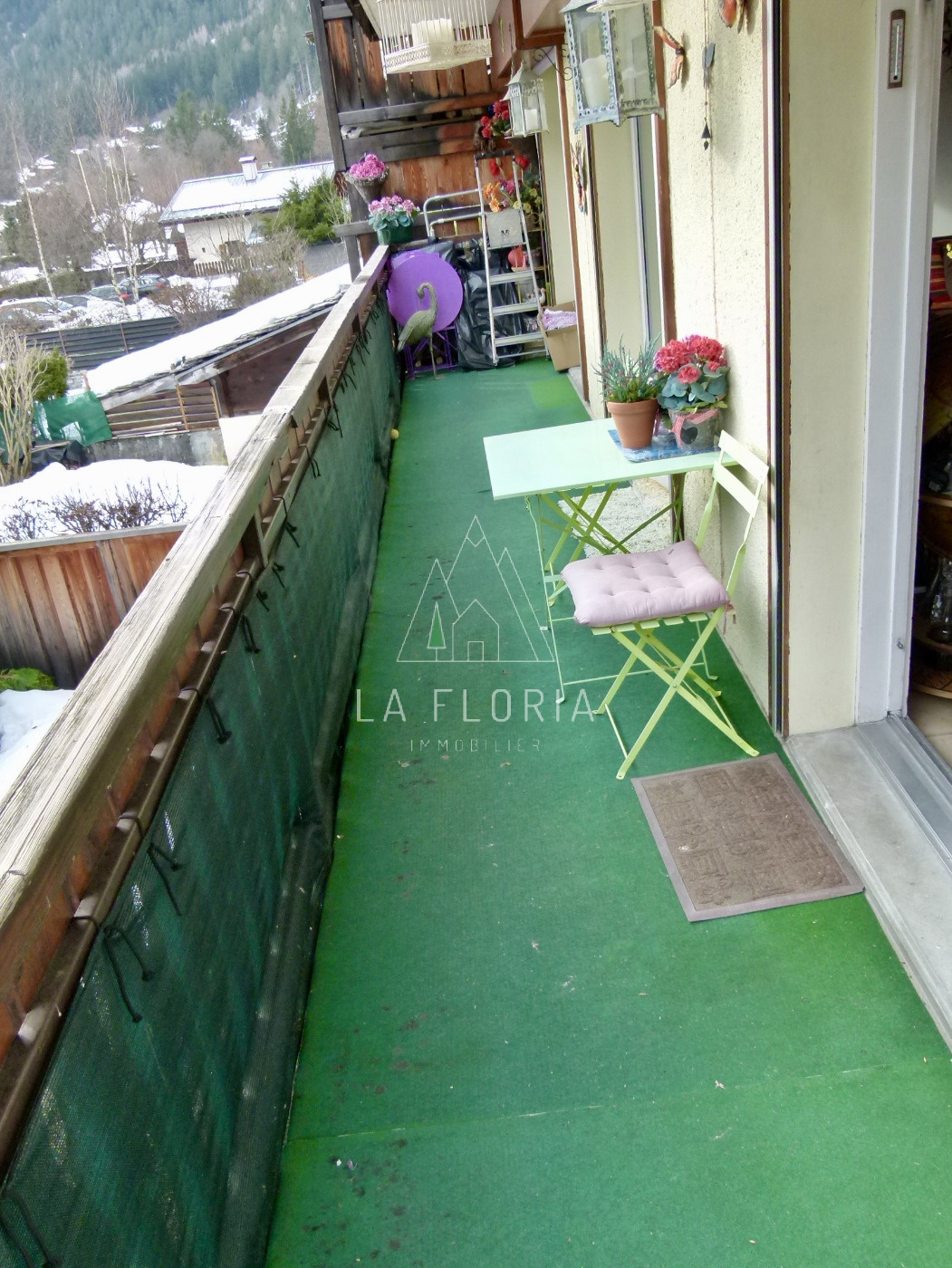 SOUTH FACING 2 BEDROOM APARTMENT LES PRAZ VILLAGE