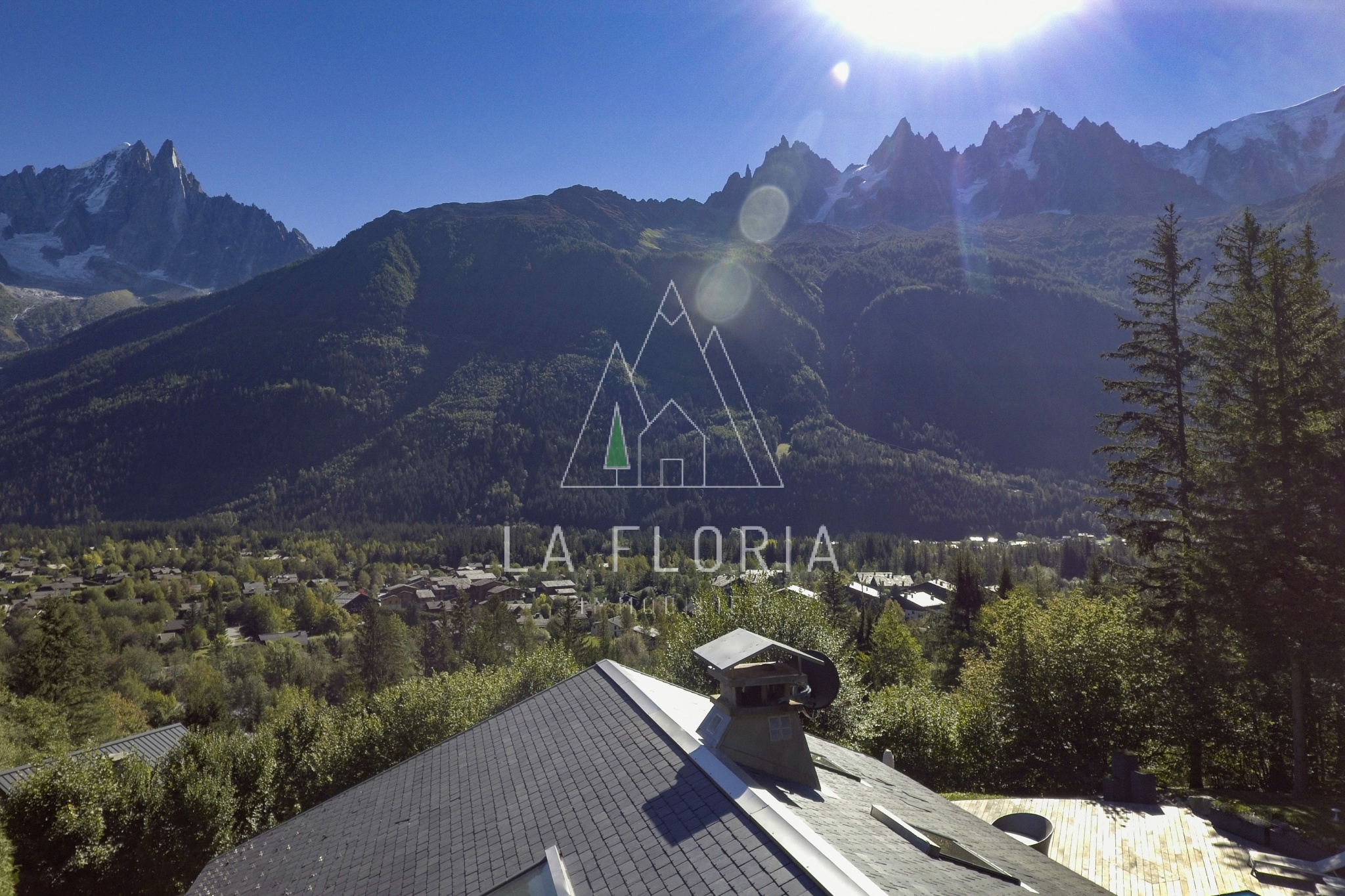 OUTSTANDING 6 BED LUXURY CHALET LES NANTS CHAMONIX