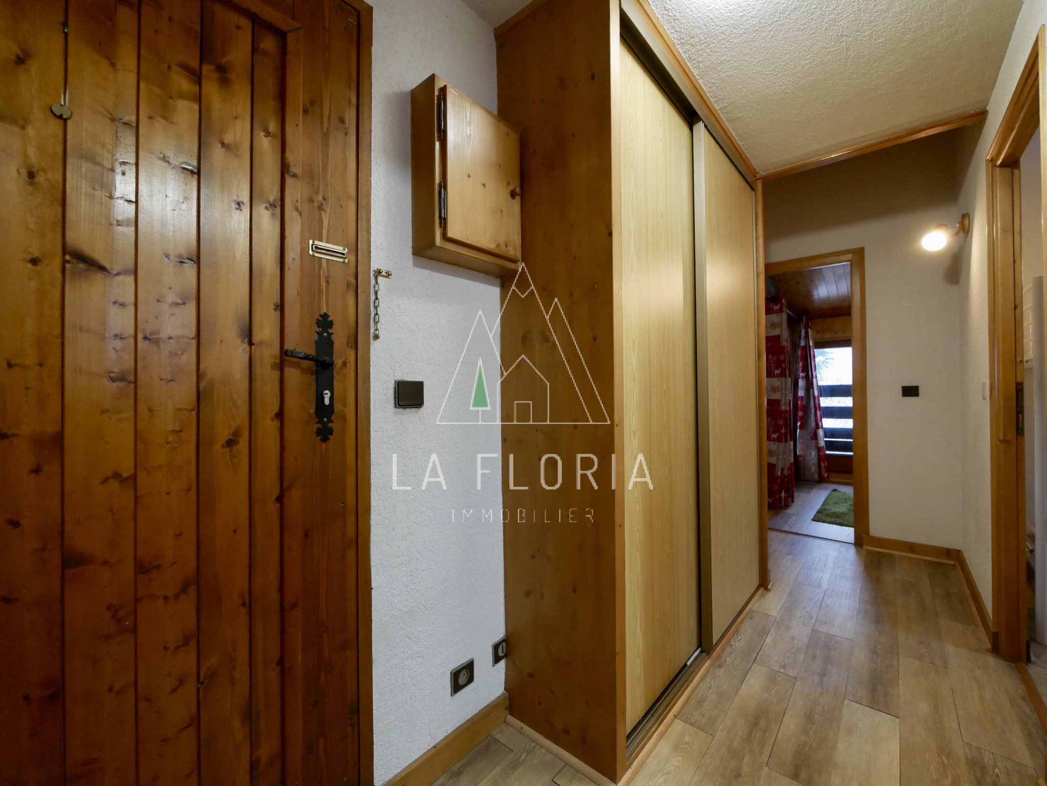 TWO BEDROOM TOP FLOOR APARTMENT, LES HOUCHES