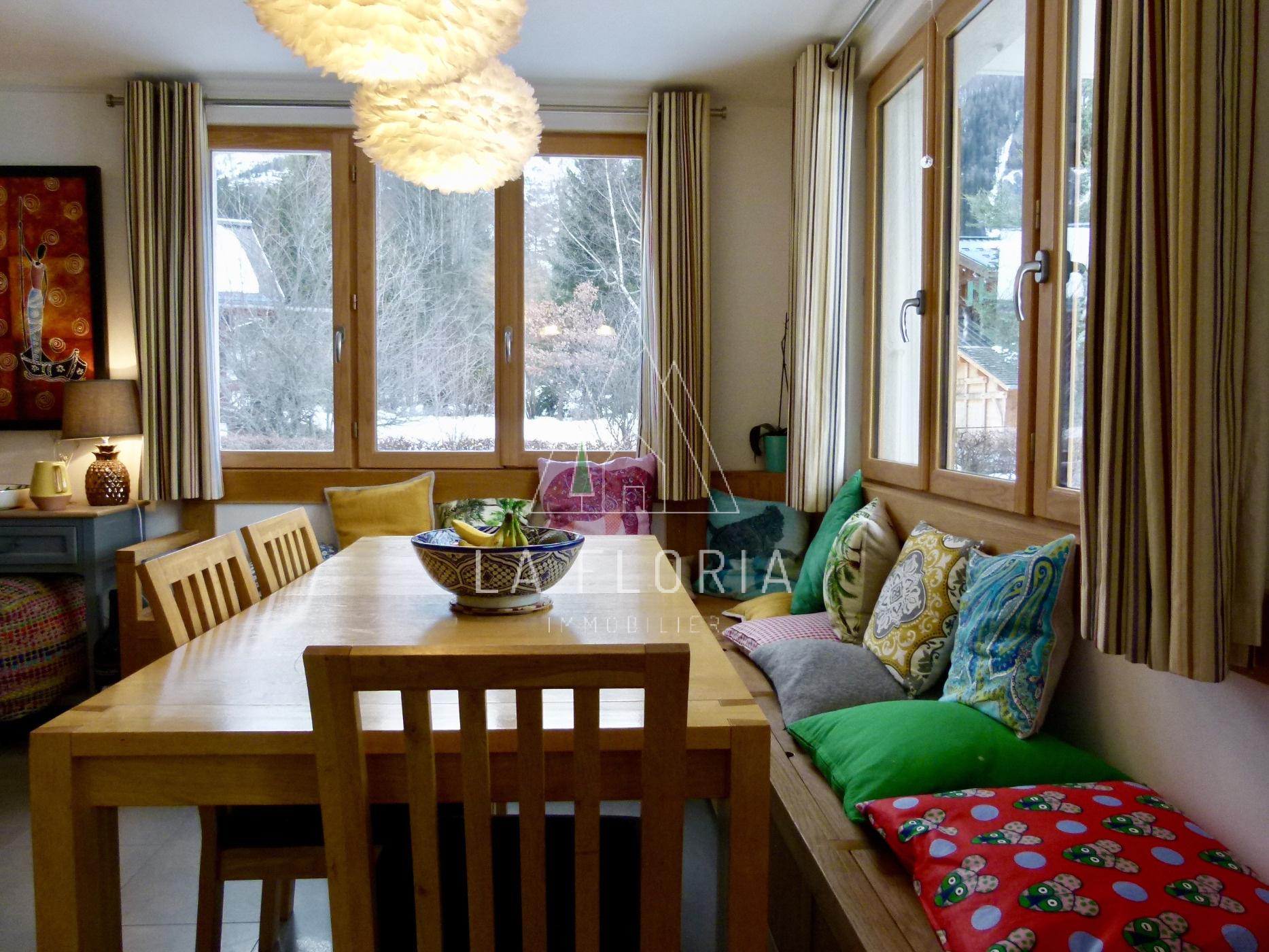 5 BEDROOM RENOVATED CHALET LES BOIS CHAMONIX