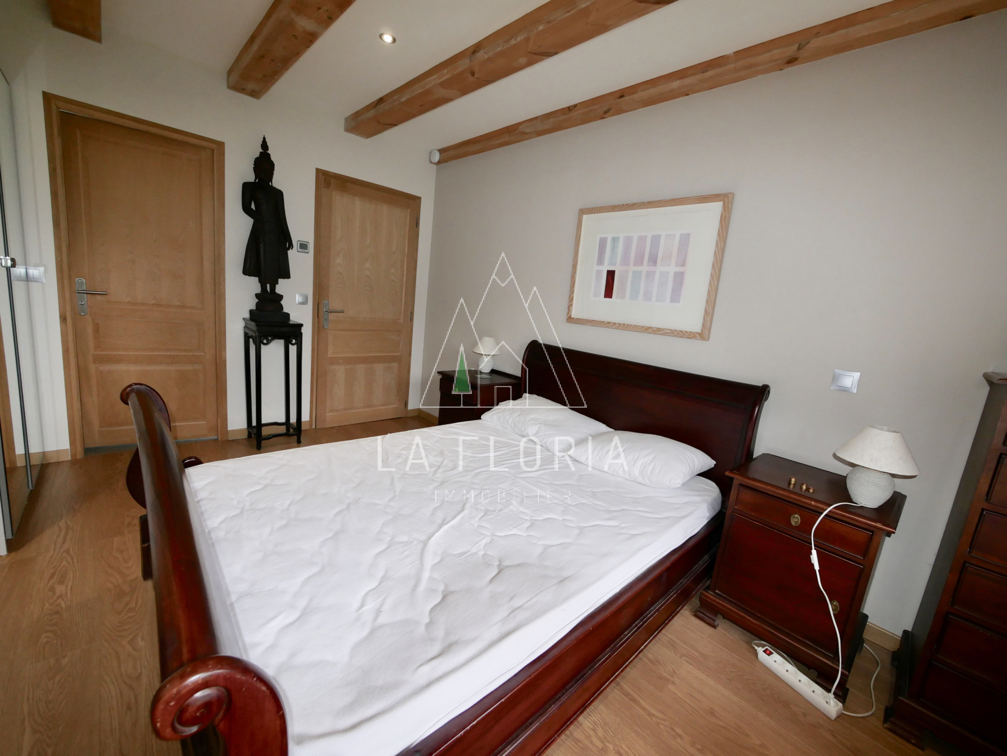 NEWLY CONSTRUCTED 5 BEDROOM CHALET LES HOUCHES CENTRE